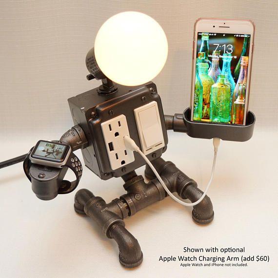 Robot Steampunk Lámpara de escritorio industrial con atenuador, 2 tomas de CORRIENTE alterna y 2 tomas USB, cuna de carga de teléfonointeligente, cargador de apple watch opcional AirBnB