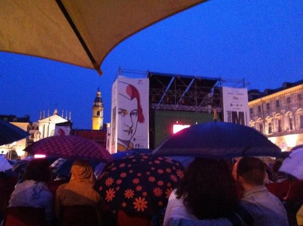 Twitter / LucaDNT: #festivalMozart anche sotto la pioggia. #torino è colma di #irriducibili