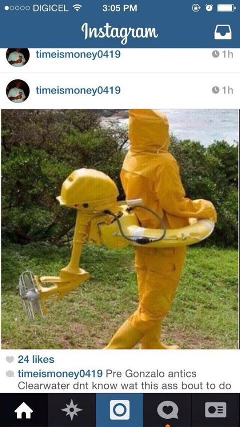 What is he doing with a power engine strapped to him on a rubber ringy thingy/??!!!! #Bermuda #hurricane #storm #Gonsales