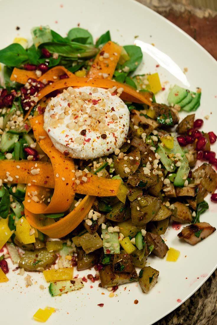 Mit diesem Rezept steht man gerne auf: Der Warm-Kalt-Salat