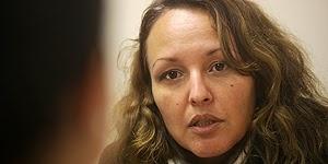 Raquel entrevista a Anne Smith en Al otro lado de la pantalla http://relatosjamascontados.blogspot.com.es/2013/05/raquel-entrevista-anne-smith-en-al-otro.html