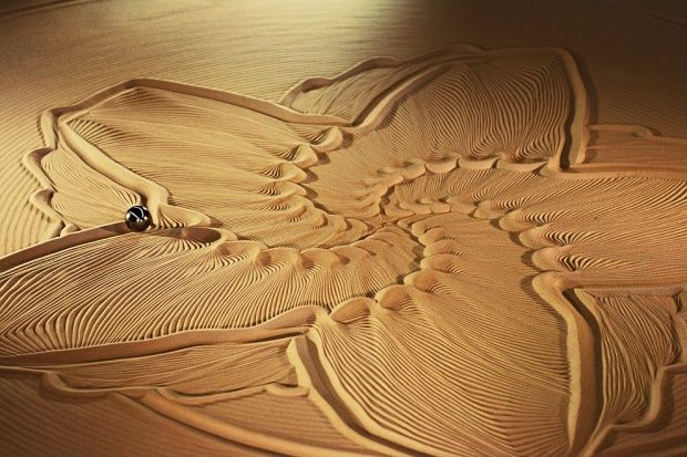 Amazing sand sculptures  http://www.inspirefirst.com/2012/09/17/amazing-sand-sculptures-2/