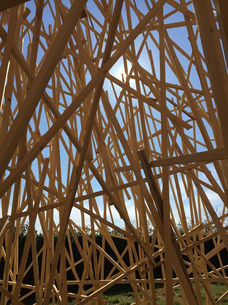 """L'intérieur de l'installation """"Paradigme"""" de Mireille Fulpius"""