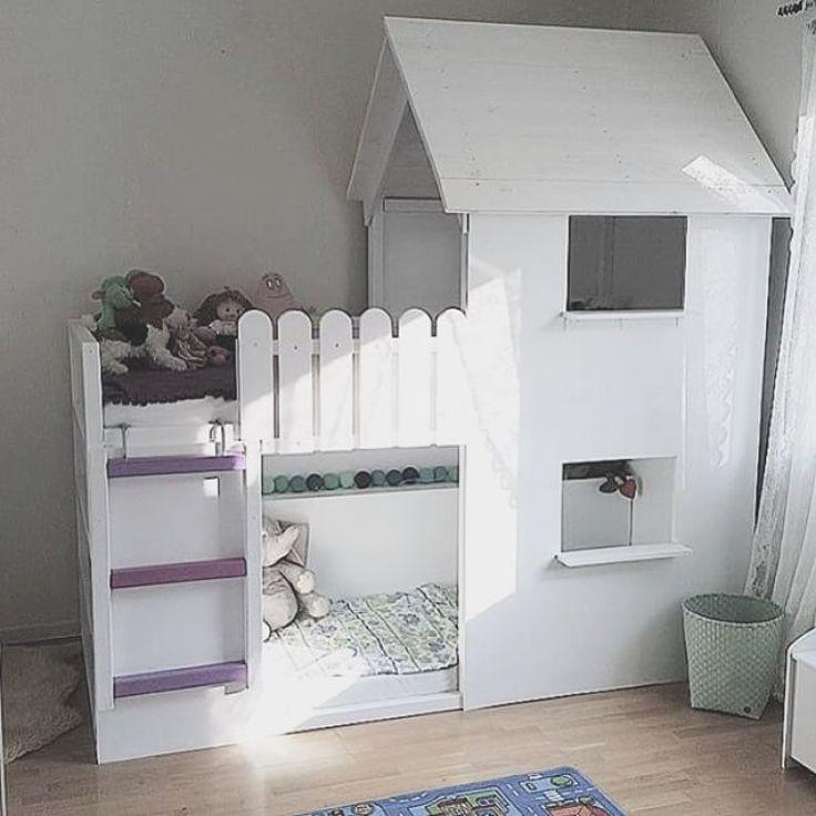 Me enamoran este tipo de camas con forma de casa para la habitación de los niños, me parece una idea preciosa y elegante de unir el sueño y el juego, sobre todo para aquéllos que no t…