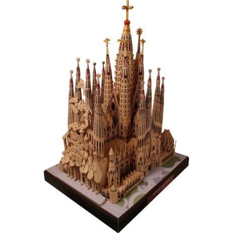 スペイン サグラダ・ファミリア,建物,ペーパークラフト,ヨーロッパ,鐘楼,カトリック,十字架,スペイン,世界遺産,大聖堂