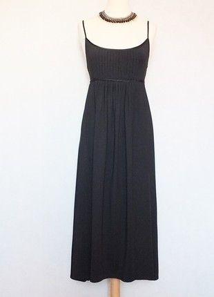 À vendre sur #vintedfrance ! http://www.vinted.fr/mode-femmes/robes-dete/40240886-robe-longue-noire-alain-manoukian