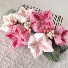 〈つまみ細工〉紫陽花のコーム(ピンクと淡桜)の画像