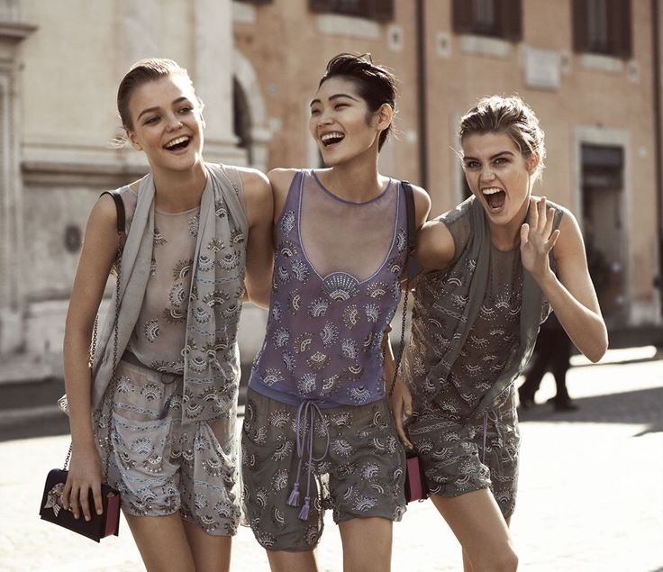 #EmporioArmani presenta la nuova campagna ADV per la stagione primavera estate 2017 scattata a Roma. #LagoBluBlog  READ MY POST: LINK IN BIO or http://bit.ly/2iJguus