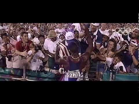 Videossa esitellään parhaita hetkiä eri Olympialaisista ja siinä esitellään Olympialaisten eri lajeja.