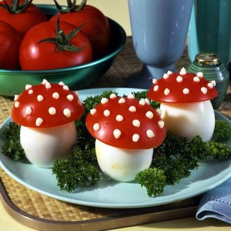 Egy finom Tojásgombák (töltött tojás) ebédre vagy vacsorára? Tojásgombák (töltött tojás) Receptek a Mindmegette.hu Recept gyűjteményében!