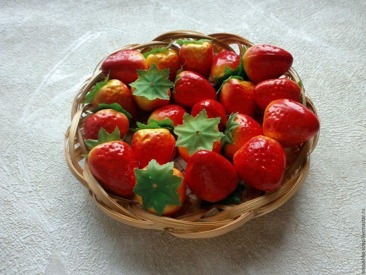 Купить Клубника, 35 мм, топиарий, декор, пенопласт, 10 шт. - фрукты, искусственные фрукты