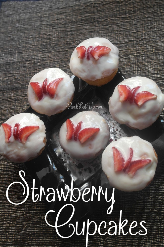 Strawberry cupcakes - cookeatup