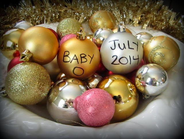 Christmas pregnancy announcement!