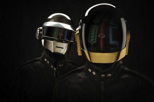 Daft Punk : Photo de l'un deux avec Elodie Bouchez à visage découvert !