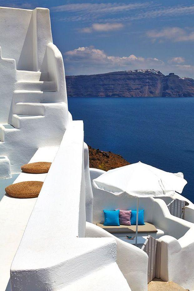 White Summers - Oia, Santorini
