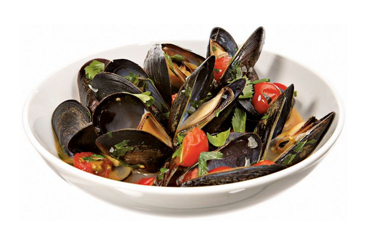 Steamed Mussels With Lovage Recipe - NYT Cooking
