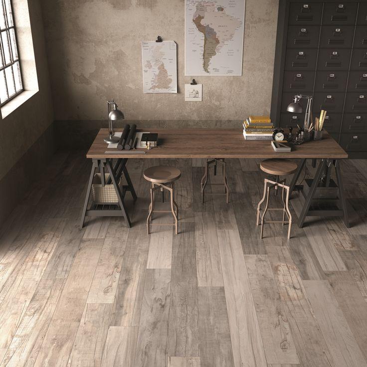 DOLPHIN Moon di #abkemozioni utilizzato per pavimentare questo #studio #industrial #style. L'estetica è esaltata dalla posa che mescola listoni di due formati 20x120 e 20x170 cm. #gres #porcellanato #floor #homedesign #ceramic #tiles