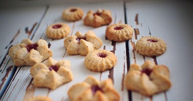Laskominy od Maryny: Ořechové linecké sušenky
