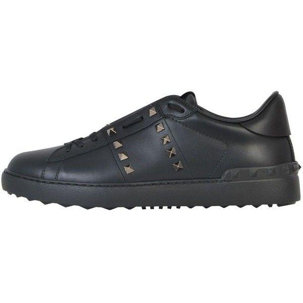 Valentino Garavani Valentino Garavani Rockstud Untitled Sneaker ($485) ❤ liked on Polyvore featuring shoes, sneakers, black, valentino trainers, valentino sneakers, black trainers, black sneakers and valentino shoes