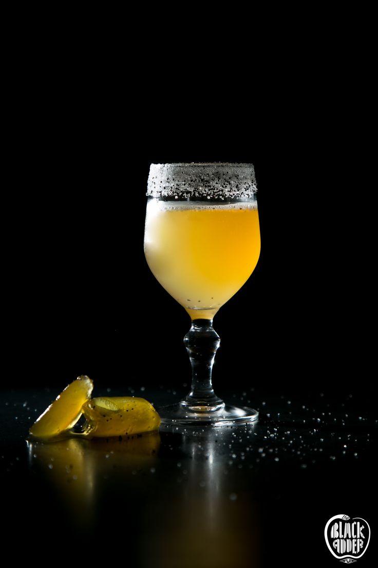 PRIVATE BALLDRICK  A simple and nice crusta cocktail crafted with beefeater gin – earl grey infused, citrus liqueur, sugar syrup and lemon. Τζίν εμβαπτισμένο με τσάι περγαμόντο, λικέρ κίτρου από τη Νάξο και λεμόνι αποτελούν την δικιά μας γλυκόξινη πρόταση για ένα crusta με ζάχαρη και σπόρους παπαρούνας στο χείλος του ποτηριού.  #privateballdrick #blackaddercocktails #newcocktail #ginincocktails #theblackadderpub #blackadder #ilovecocktails #bestcocktail #liquiddream #blackadder