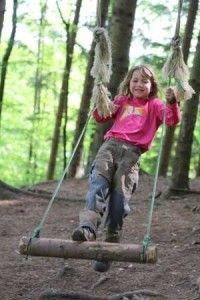 Reuniting kids with nature in forest kindergartens - Rustik Magazine | Rustik Magazine