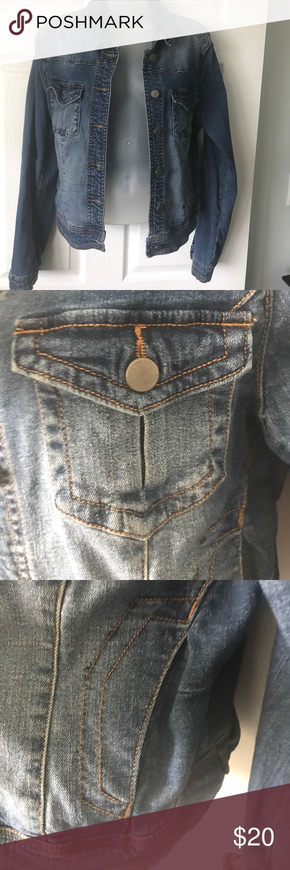 Denim jacket NWOT never worn Lots of great details. A perfect, classic and timeless jean jacket. Breast pockets, slit hip pockets, button cuffs. Yoke topstitching. Slightly cropped and fitted. A little higher in back. Super cute with a dress (maxi or short) to give waist definition. 99% cotton 1% spandex so some stretch. True to size or would fit a medium if looking for a looser fit. Never worn. Jackets & Coats Jean Jackets