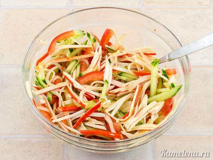 Нетривиальный салат с крабовыми палочками — 7 шаг