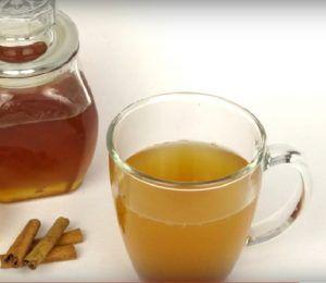 nápoj na spaľovanie tukov: 2 lyžice medu,1lyžicka škorice, 250ml vody