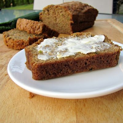 Rumbly In My Tumbly: Moms Zucchini Bread