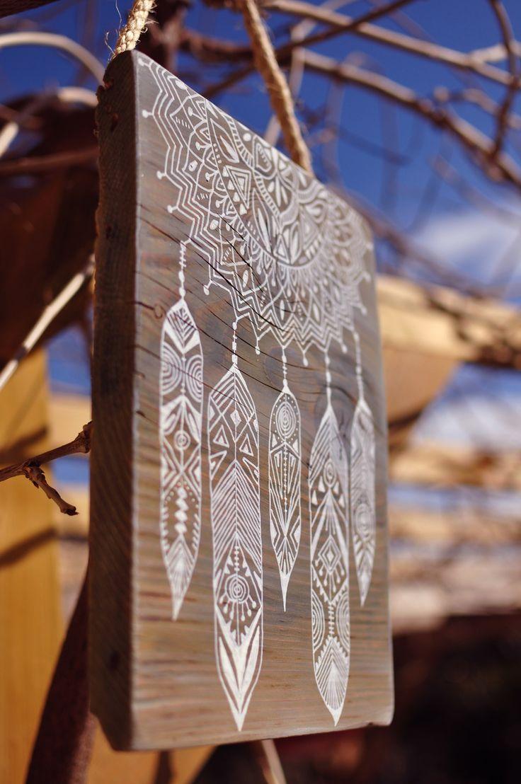 Eva Lubart - Peinture sur bois - Mandala et plumes - paint on wood - Mandala and feather