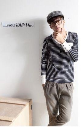 Korean Style Men casual Stripes Embellished T-shirt Black