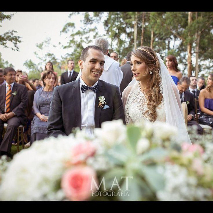 Cuenta con todo nuestro equipo para que tu celebración tenga los mejores servicios de logística y seguridad. ¡Contáctanos!, queremos atenderte.  Llama al 3106158616 / 3206750352 / 3106159806 y reserva desde ya, atendemos todos los días de la semana y fines de semana incluido festivos. www.zonae.com  #ZonaE #CasaBali #BodasAlAireLibre #BodasCampestres #weddingplaner #bodasmedellin #bodas #Eventos #boda #wedding #destinationwedding #bodascolombia #tuboda #Love #Bride Foto @matfotografia