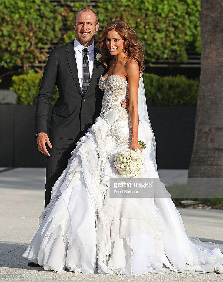 20+ Rebecca Judd's Wedding Dress - Women's Dresses for Weddings Check more at http://svesty.com/rebecca-judds-wedding-dress/