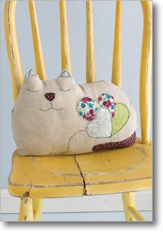 Cat Pillow (Sew Daily)
