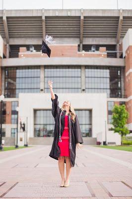 Bryant Denny Stadium // Laura Carr's Graduation Session // The University of Alabama // Pi Beta Phi // Abbie Mae Photography