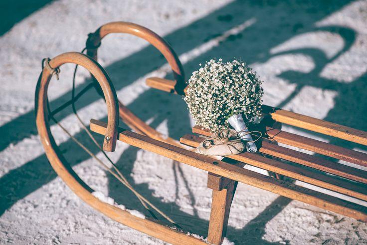Свадьба зимой. 14 февраля. Любовь. Семья. Невестка. Свадебный образ. Прогулка на природе. Зимний лес. Образ невесты. Свадебный стиль. Детали. Букет. Кольца. Идеи для свадьбы.