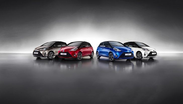 2018 Toyota Yaris AWD Blue Red White