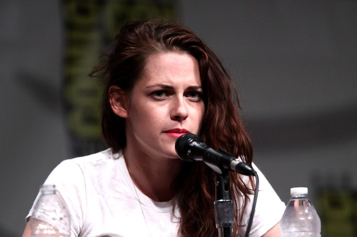 Oscars 2016 Nominations: Kristen Stewart Misunderstood While Addressing Gender Inequality Issue - http://www.morningnewsusa.com/oscars-2016-nominations-kristen-stewart-misunderstood-addressing-gender-inequality-issue-2354327.html