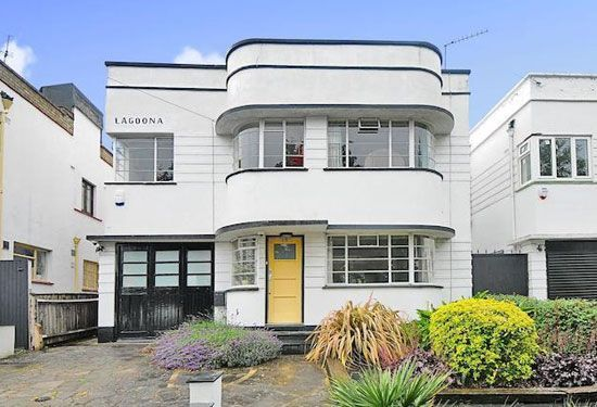'Lagoona' Four-bedroom 1930s art deco property in Southgate, London N14