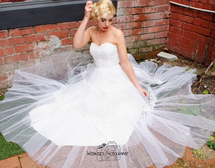 Love this bridal outfit  Hair by @featureshairstyling