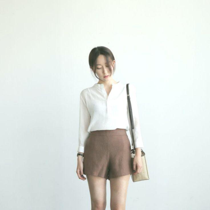 17 Minimalist Fashion Outfits to Copy This Season  #frisyrer #Frisuren #nouvellecoiffure #hairstyle