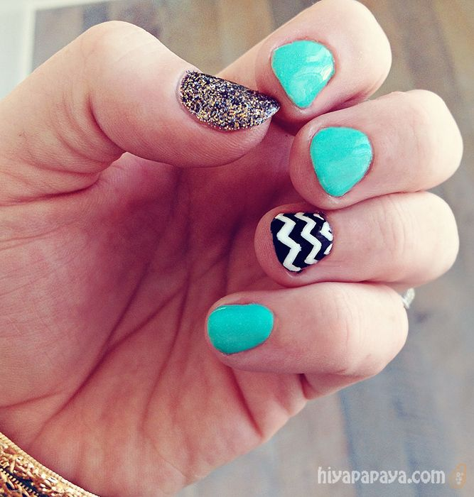 fun turquoise, black, white, glitter, chevron stripe nails
