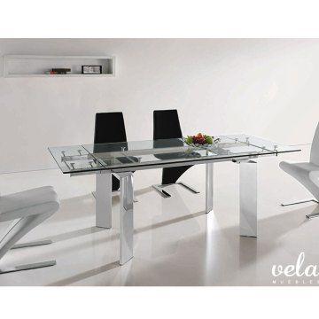 A qué esperas? Echa un vistazo a esta mesa extensible de cristal transparente en oferta a Precios de Fábrica.