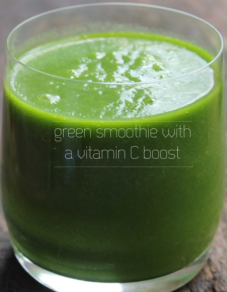 Green smoothie with a vitamin C boost