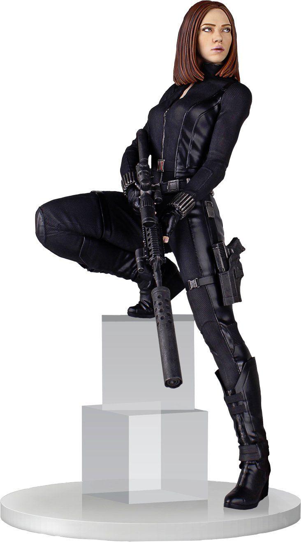 Figura coleccionable de la Viuda Negra con todos los rasgos faciales, indumentaria y utilelría del personaje interpretado por Scarlett Johansson