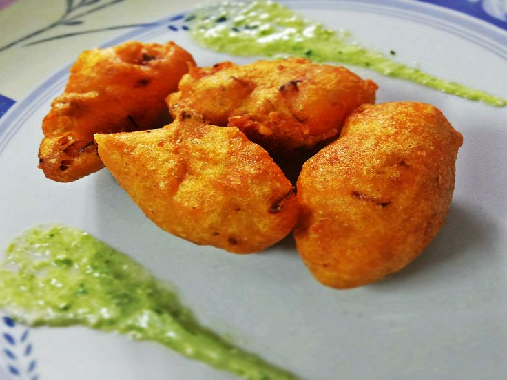 On the roads of Delhi, Mung ki Dal Pakoda is very popular snack.