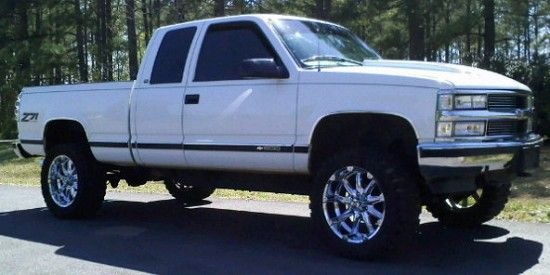 97 z71 1500 white chevy | 1997 Chevrolet 1500 z71 :)