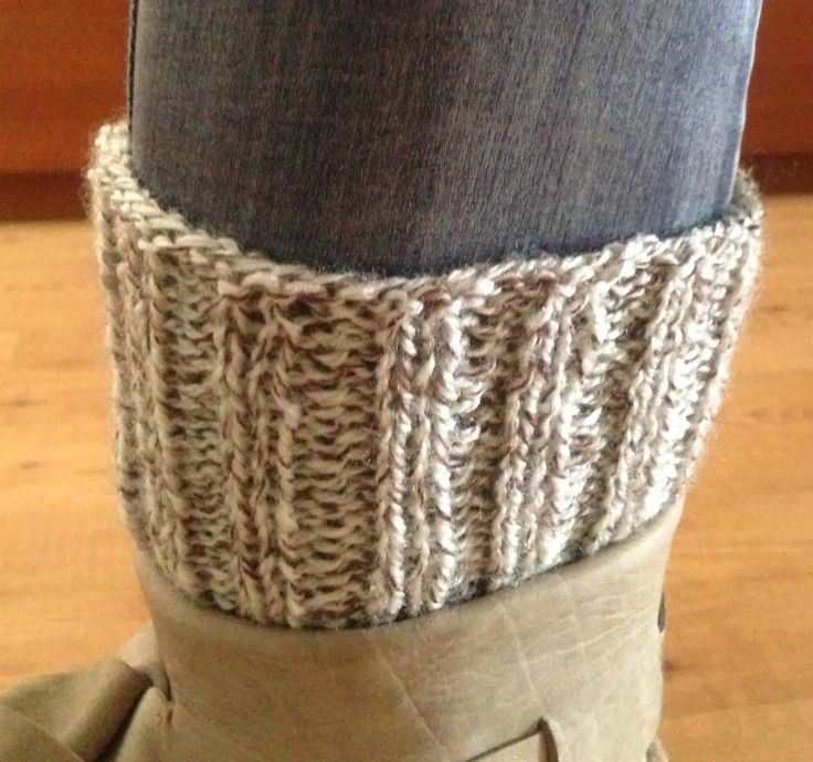 Lily Gets Crafty: Easiest boot cuffs!                                                                                                                                                                                 More