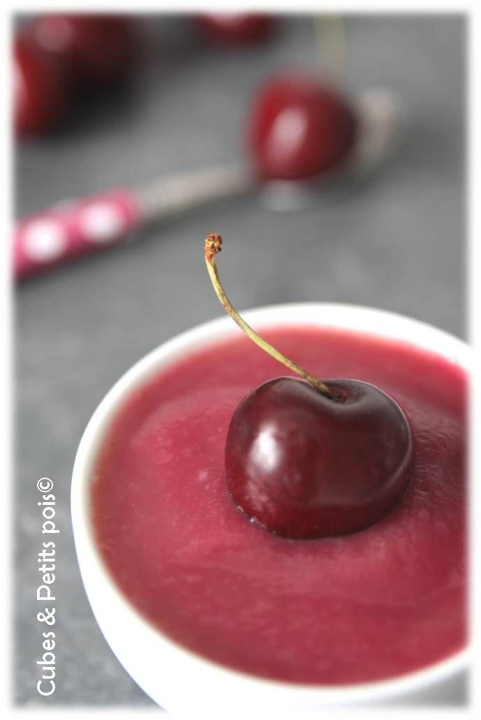 Dessert à la cerise pour bébé dès 8 mois. Plus de recettes pour bébé sur www.enviedebienmanger.fr/idees-recettes/recettes-pour-bebe
