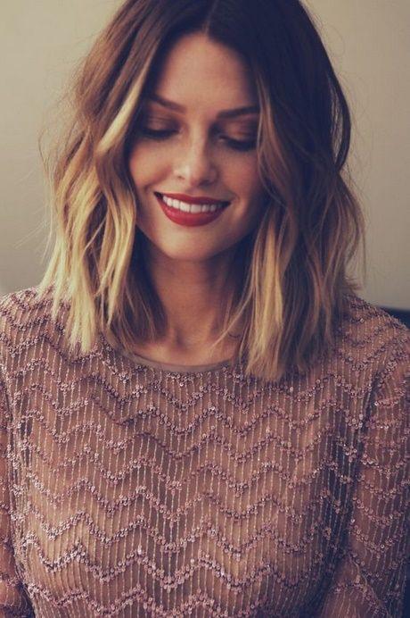 Haarschulterlänge Stile